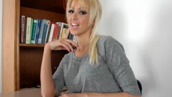 hot blonde hardcore